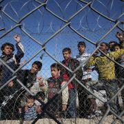 Ausgesperrt! Viktor Orbán baut Flüchtlings-Zaun (Foto)