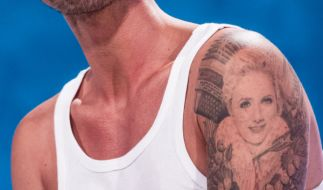 Florian Silbereisens Tatto zeigt Freundin Helene Fischer. (Foto)