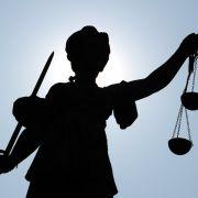 Statue der Justitia, Göttin der Justiz und Gerechtigkeit.