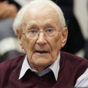 Rechtskräftig! SS-Mann Gröning für 300.000 Morde verurteilt (Foto)