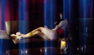 Anmeldepflicht für Prostituierte und Kondompflicht auf dem Weg (Foto)