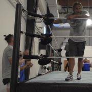 Hier trainiert Mucki-Wiese für sein Wrestling-Debüt (Foto)