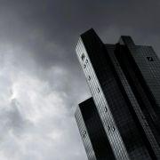 Libor-Skandal:DSW beharrt auf Sonderprüfung bei Deutscher Bank (Foto)