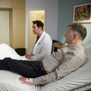 Dr. Roland Heilmann kämpft gegen Bandscheibenentzündung (Foto)