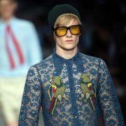 5 verrückte Modetrends, die wir bitte nicht an Männern sehen wollen (Foto)