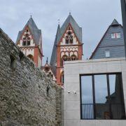 Bistum Limburg dringt nach Finanzskandal auf Schadenersatz (Foto)