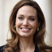 Kriegsfilm mit ihrem Sohn? Regisseurin Jolie verfilmt Biographie (Foto)