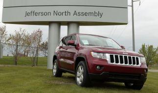 Die Hacker konnten bei dem Experiment bei einem Jeep Cherokee Bremsen, Geschwindigkeit, Klimaanlage und Radio steuern. (Foto)