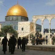 Israelische Polizei dringt in Jerusalemer Al-Aksa-Moschee ein (Foto)