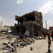 Mehr als 140 Tote bei schwerstem Luftschlag im Jemen (Foto)