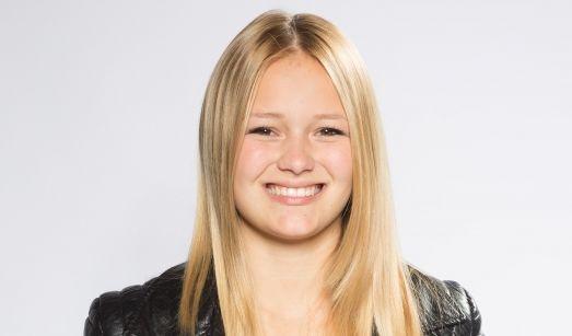 Alena (16) Alena ist Schülerin und lebt in Schwäbisch Gmünd. Ihre musikalischen Vorbilder sind Stars wie Beyoncé und Ed Sheeran.