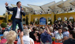 """Stefan Mross präsentiert """"immer wieder sonntags"""" live aus dem Europapark in Rust. (Foto)"""