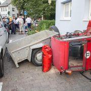 Unfall mit Rasenmäher-Traktor: 13 Kinder und Fahrer verletzt (Foto)