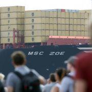 Größtes Containerschiff der Welt in Hamburg getauft (Foto)