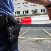 Polizei erschießt Mann auf dem Präsidium (Foto)