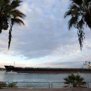 Ägypten Präsident al-Sisi eröffnet erweiterten Suezkanal (Foto)