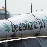 Tausende demonstrieren für Legalisierung von Cannabis (Foto)