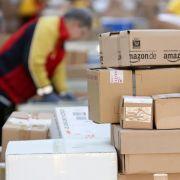 Tausende Kunden warten immer noch auf ihre Pakete (Foto)