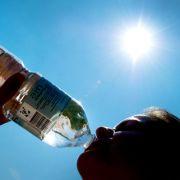 Fünf Irrtürmer zum Trinken bei Hitze (Foto)