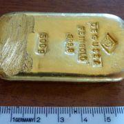 Goldener Fund beim Baden (Foto)