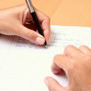 Sind Linkshänder wirklich schlauer und kreativer? (Foto)