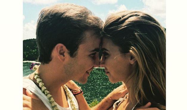 Mario Götze mit seiner Model-Freundin Ann-Kathrin Brömmel beim romantischen Urlaub auf Hawaii. (Foto)