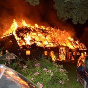 Brand bei Rechtsextremismus-Gegnern in Mecklenburger Dorf (Foto)