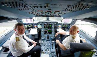 Vieles sagen die Fluggesellschaften ihren Passagieren nicht. Ein Pilot hat jetzt ausgepackt. (Symbolbild) (Foto)