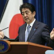 Premier Abe: Japan hat sich für Kriegsvergangenheit entschuldigt (Foto)