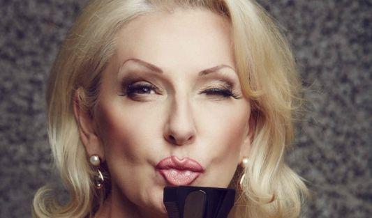 """Kabarettistin Desirée Nick ist auf jeden Fall mit von der Partie. 2004 wurde sie bei """"Ich bin ein Star – Holt mich hier raus!"""" zur Dschungelkönigin gewählt. (Foto)"""