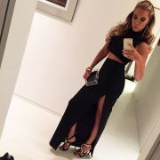 Sexy Two-Piece Dress! So heizt Sylvie ihren Fans ein (Foto)