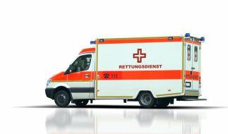 Die Polizei Leverkusen ermittelt gegen zwei Sanitäter, die während ihrer Dienstzeit eine Frau in ihrem Rettungswagen missbraucht haben sollen. Auch der Vorwurf der Vergewaltigung wurde laut. (Foto)