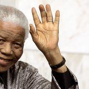 Enkel Mandelas wegen Vergewaltigung angeklagt (Foto)