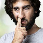 Bohren Sie in der Nase, wenn Sie sich unbeobachtet fühlen? (Foto)