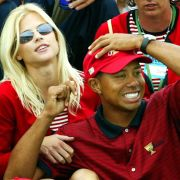 Tiger Woods Vermögen ist Dank der Scheidung und seinem Image-Verlust enorm geschrumpft. Ex-Frau Elin Nordegren kassierte um die 100 Millionen Schweizer Franken.