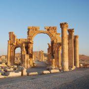 IS enthauptet Ex-Chef-Archäologen von Palmyra (Foto)