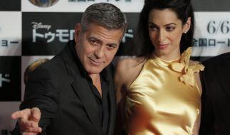 """George Clooney und seine Frau Amal bei der Premiere von """"Tomorrowland"""" im Mai 2015 in Tokyo. (Foto)"""