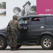 Nordkoreaversetzt Grenztruppen in volle Kampfbereitschaft (Foto)