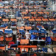 Umfrage: Deutsche halten hohe Flüchtlingszahl für verkraftbar (Foto)