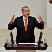 Präsident Erdogan kündigt Neuwahlen an (Foto)
