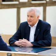 Horst Seehofer attackiert Journalisten (Foto)