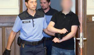 """""""Kinderzimmer-Dealer"""" schweigt zum Prozessauftakt (Foto)"""