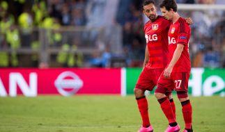 Bayer Leverkusen hat die Gruppenphase der Champions League 2015 erreicht (im Bild: Leverkusens Karim Bellarabi (l) und Robbie Kruse). (Foto)