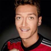 Hat Mesut Özil eine neue Liebe gefunden? (Foto)