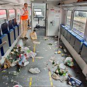 Zugverbot für Hooligans! Die Bahn wehrt sich (Foto)