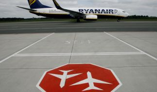 Auf dem Flughafen von Dublin ist der Flugverkehr für zwei Stunden eingestellt worden. Die Flüge von Ryanair und Aer Lingus sind besonders betroffen. (Foto)