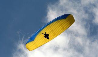 In Österreich ist eine deutsche Paragliderin ums Leben gekommen (Symbolbild). (Foto)