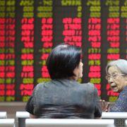 Chinas Börsen sacken nach Handelsauftakt wieder ab (Foto)