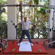 Russlands Präsident stürmt die Muckibude (Foto)