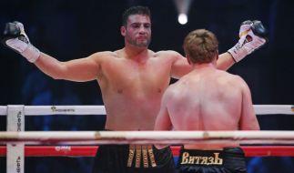 Manuel Charr im Boxring, hier gegen den RussenAlexander Povetkin. (Foto)